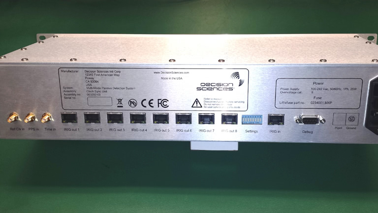 CE and FCC certified, low jitter time synchronization box